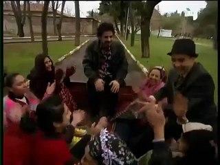 المسلسل التركي بائعة الورد الحلقة – الاولى فيديو