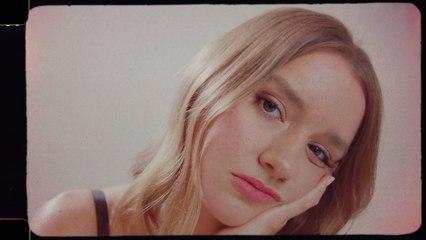 Eves Karydas - Freckles
