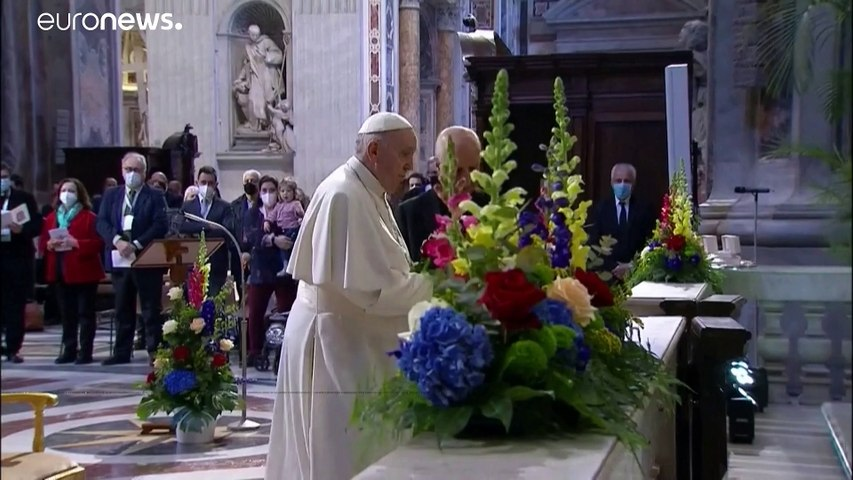 """شاهد: البابا فرنسيس يطلق """"ماراتون صلاة"""" من أجل انتهاء الجائحة"""