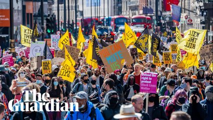 'Kill the bill': thousands march through London in protest against policing bill