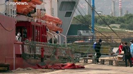 Migranti: centinaia di salvataggi nel corso del fine settimana nel Mediterraneo