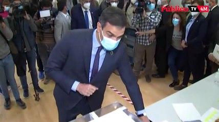 Pedro Sánchez vota en Pozuelo de Alarcón entre aplausos y abucheos