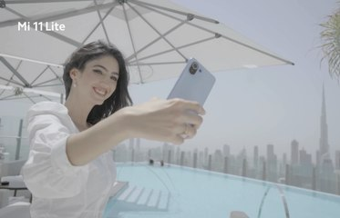 المتموج Xiaomi Mi 11 Lite تألقي الآن مع هاتف