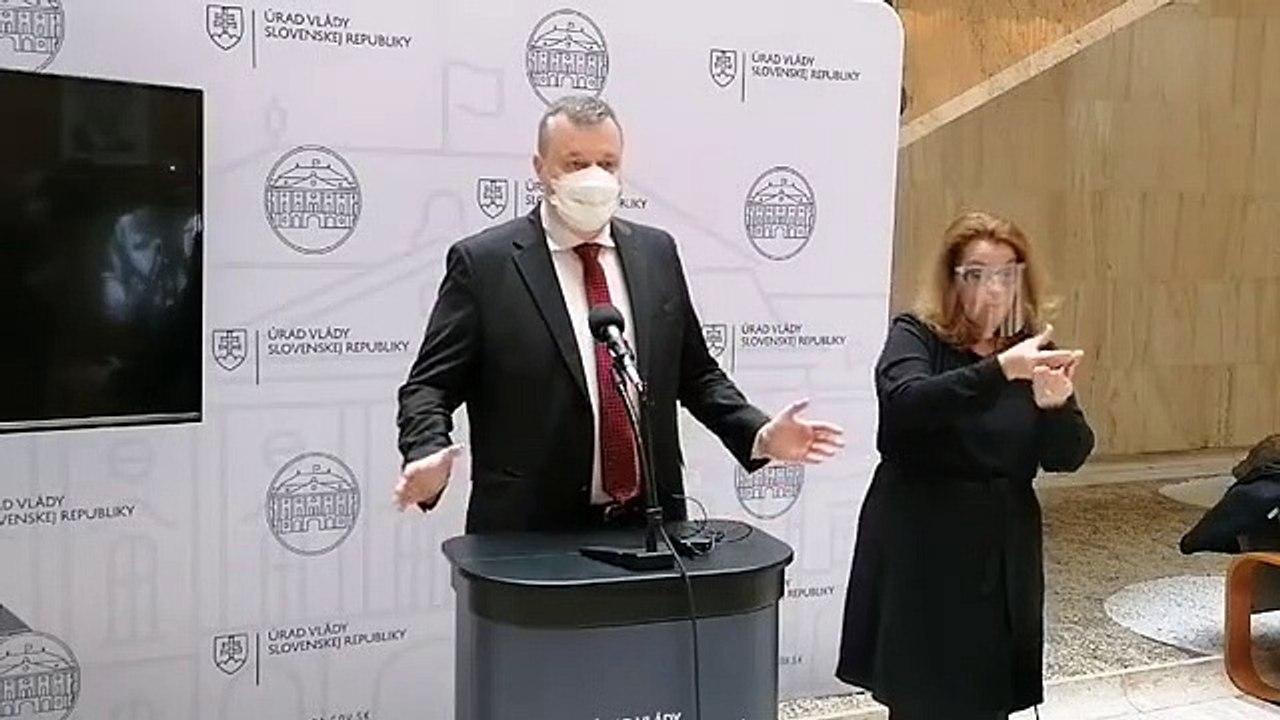 ZÁZNAM: Brífing ministra práce M. Krajniaka