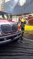 Fuego afecta tienda de bicicletas Aro y Pedal de la 27 de Febrero
