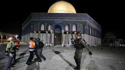 ما وراء الخبر- لماذا صعدت إسرائيل الآن ضد الفلسطينيين في القدس؟ ولماذا وقفت واشنطن مكتوفة الأيدي؟