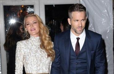 Ryan Reynolds 'gana' el día de la madre con su gamberra felicitación a Blake Lively