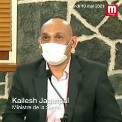 COVID-19 : « Aucun risque de contamination dans les bus si c'est bien aéré », selon le ministre de la Santé