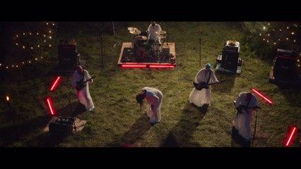 Dance Laury Dance - Mort à la gamique