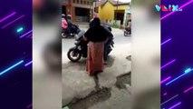 Pemuda Ini Pura-Pura Beli Bensin Eceran untuk Bertemu Ibunya