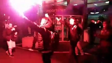 L'arrivée des joueurs du Clermont Foot 63 à l'aéroport d'Aulnat