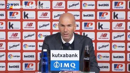 """Zidane: """"¿Cómo voy a decirles a mis jugadores que me voy ahora?"""""""