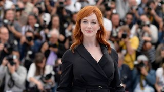 Christina Hendricks Reveals How She Ended Up on 'American Beauty' Poster | THR News