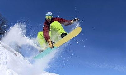 Twe12ve - Clip 1 (Snowboarding)
