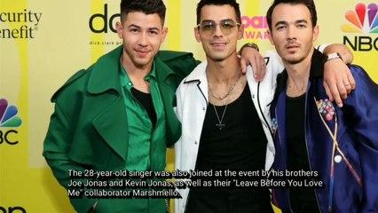 Host Nick Jonas Gets Support from Wife Priyanka Chopra at Billboard Music Awards