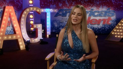 Del programa America Got Talent, Sofia Vergara: Entrevista en español  (la actriz mejor pagada  en la televisión americana durante siete años consecutivos,)