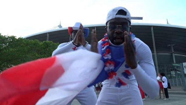 «C'est limite jouissif» :  les supporters des Bleus retrouvent le Stade de France