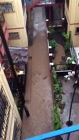 Lluvias provocan inundaciones en apartamentos de zona 21 capitalina