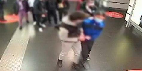Roma - Baby gang rapinava coetanei: arrestato 16enne (10.06.21)