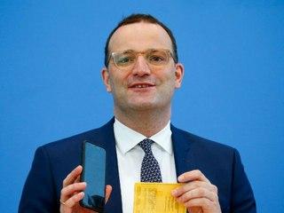 """Spahn stellt neue Impfnachweis-App """"CovPass"""" vor"""