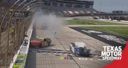 Late wreck unfolds at Texas, several cars involved