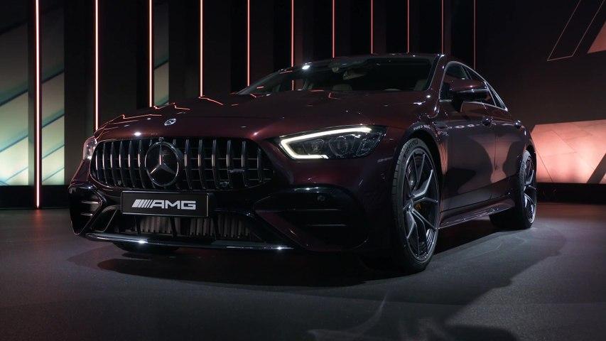تحديث نمط الحياة لسيارة Mercedes-AMG GT 4-Door Coupé الناجحة