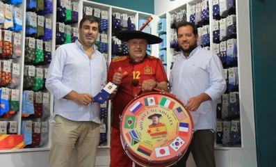 Pepe Pinreles: la historia de marketing tras la octava Eurocopa de Manolo  el del Bombo - El Independiente