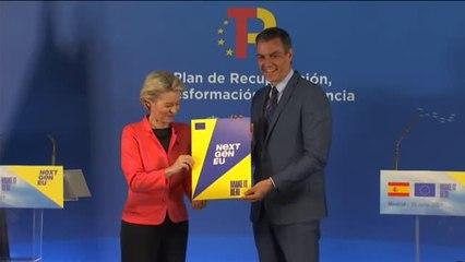 Von der Leyen 'da luz verde' en Madrid a la llegada de los fondos europeos  a España