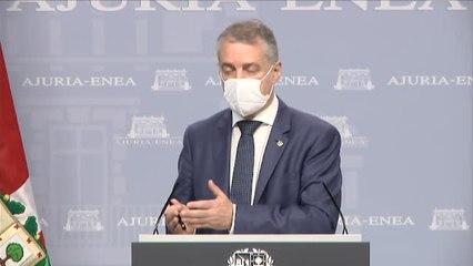 Urkullu afea a Sánchez las formas del anuncio del fin de la mascarilla en exteriores