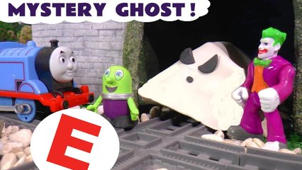 Thomas the Tank Engine Mystery Guess the Ghost Game with DC Comics the Joker and the Funlings in this Spooky Learn English Stop Motion Toy Episode for Kids from Kid Friendly Family Channel Toy Trains 4U