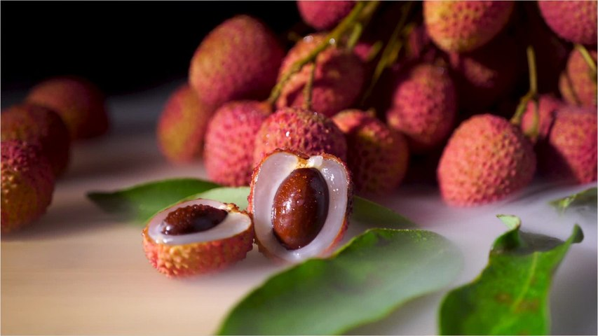 Here Are Five Surprising Benefits of Lychees