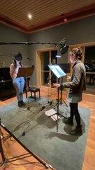 Les voix dans un podcast en studio