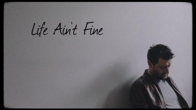 Shane Nicholson - Life Ain't Fine