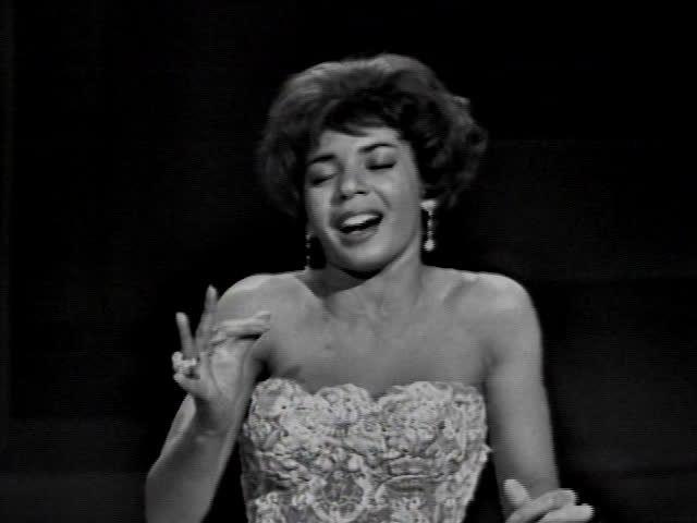 Shirley Bassey - S'Wonderful