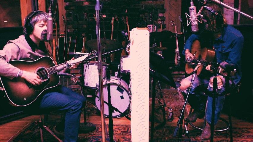 Billy Strings - Globe