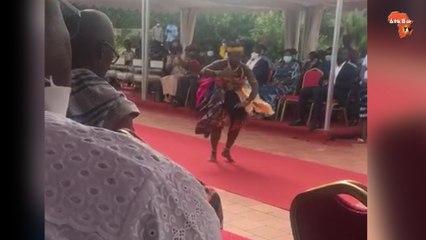 Danse de l'attougblan, avant l'arrivée du roi des Baoulé