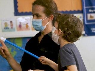 Dürfen Lehrer bald nur noch mit Corona-Impfung unterrichten?