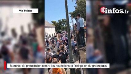 Marches de protestation contre les restrictions et l'obligation du green pass