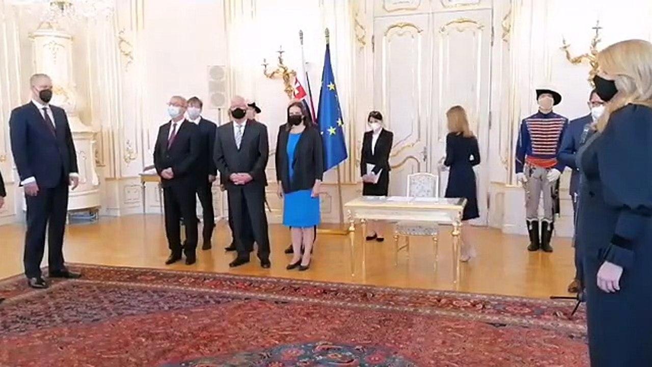 ZÁZNAM: Prezidentka Z. Čaputová vymenovala sudcov Najvyššieho správneho súdu