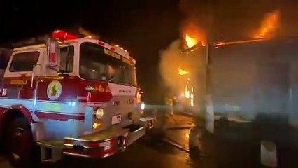 Bomberos Voluntarios controlan incendio de grandes proporciones en zona 1