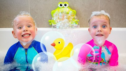 Bath Song - kids songs - Gaby and Alex
