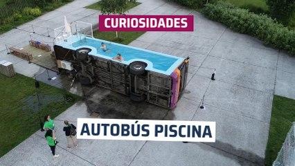 [CH] El autobús piscina