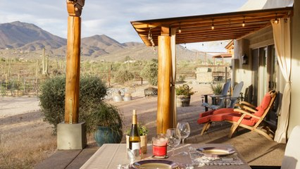 Meet Majestic Horses and Catch Gorgeous Sunsets at This Arizona Airbnb on a Working Horse