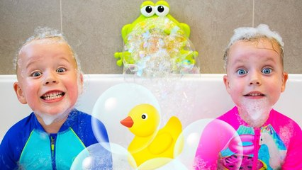 The Bath Song + and More Kids Songs - Gaby and Alex