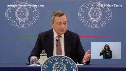 """Draghi risponde alle parole di Salvini: """"L'appello a non vaccinarsi significa invitare a morire"""""""