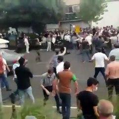 İran'da düzenlenen gösterilere polis müdahalesi