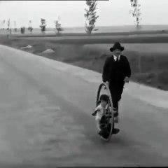 1927 yılında çocuk motosikleti