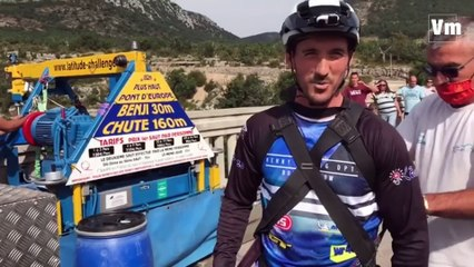 Un saut à l'élastique en vélo du pont de l'Artuby... Le défi vertigineux d'Aurélien Fontenoy