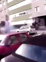 Des policiers se font tirer dessus au mortier
