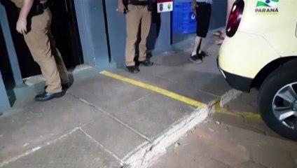 Homens são detidos pela PM tentando furtar objetos em obra